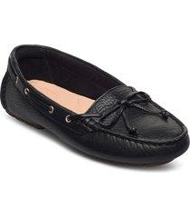 c mocc boat loafers låga skor svart clarks