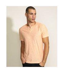 camiseta masculina básica manga curta gola portuguesa laranja claro