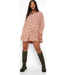 plus oversized geruite long line blouse met textuur, rust