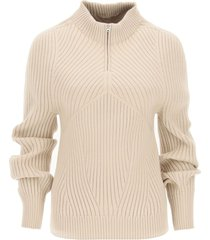low classic ribbed sweater with high collar