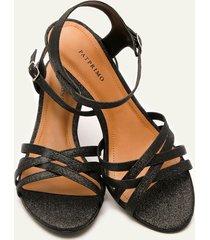 sandalias con tacón negro 35