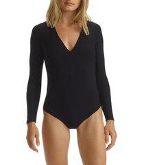 commando butter v-neck long sleeve thong bodysuit, size medium in black at nordstrom
