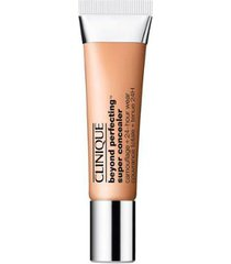 corretivo beyond perfecting? super concealer camouflage + 24-hour wear clinique - medium 18