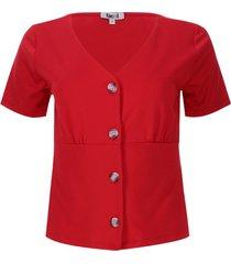 camiseta amplia con botones color rojo, talla 6