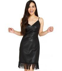 vestido flecos ecocuero negro nicopoly