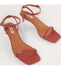 na-kd shoes sandaler med remmar - red