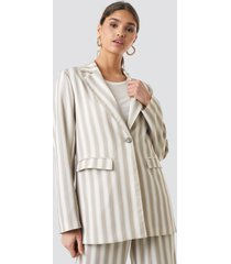 kae sutherland x na-kd tailored striped jacket - beige
