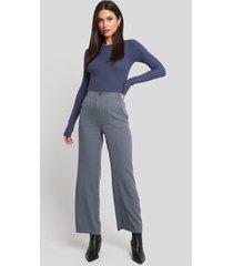 na-kd big pocket flowy pants - grey
