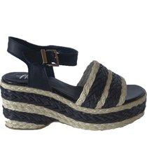 sandalia de cuero negra florte amapola