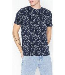tailored originals t-shirt - lorenzo t-shirts & linnen peacoat