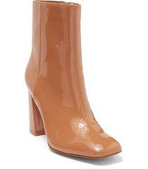 women's steve madden taryn block heel bootie, size 11 m - brown