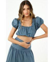 crop top de mujer, cuello cuadrado, manga corta englobada, color azul petróleo