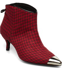 aniv houndstooth shoes boots ankle boots ankle boot - heel röd custommade