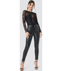 na-kd party faux leather trousers - black