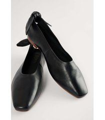 na-kd shoes ballerinaskor med läderrosett - black