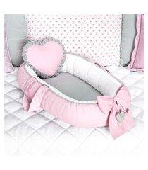 ninho bebê redutor berço coração rosa e cinza grão de gente rosa