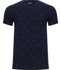 camiseta estampada dados