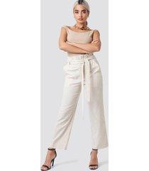 na-kd paper waist striped trousers - beige