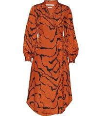 aylingz wrap dress ma19 knälång klänning orange gestuz