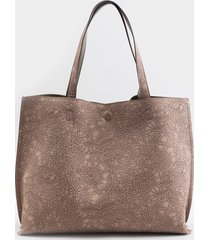 women's sasha lace embossed reversible tote in rose by francesca's - size: one size