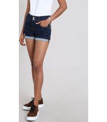 short jeans feminino midi com barra dobrada azul escuro