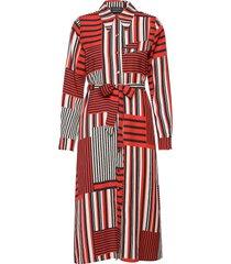 slfmyla-florenta ls aop midi dress b knälång klänning röd selected femme