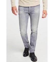 jeansy fason skinny