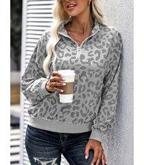 camicetta da donna con stampa leopardata a maniche lunghe con risvolto sul davanti