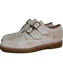zapato blanco miye collazo cariñoso