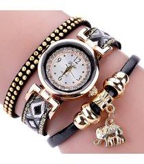 orologio da polso con ciondolo a forma di elefante in pelle multistrato con cinturino in pelle e orologio da polso al quarzo