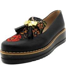 zapato negro ballerinas emilia borlas flor