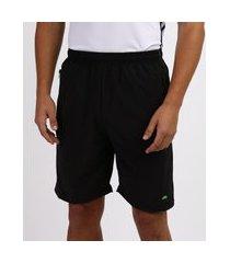 bermuda masculina esportiva ace com bolso de z¡per e faixa lateral em tela chumbo