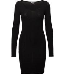 hanna knälång klänning svart mbym