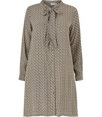 klänning carretroreturn ls knee shirt dress