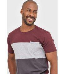 camiseta colombo bolso vinho/cinza - vinho - masculino - algodã£o - dafiti