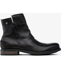 boots shady