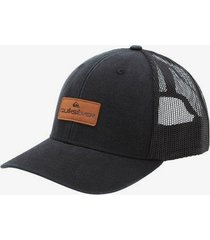 beach chicken trucker hat