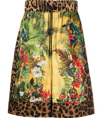 dolce & gabbana safari print loose-fit shorts - yellow