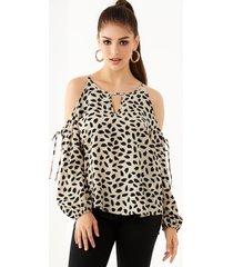 yoins blusa de manga larga con hombros descubiertos y hombros descubiertos de leopardo beige