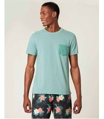 camiseta slim com bolso malwee verde claro - pp