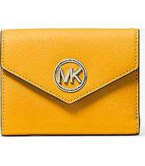 mk portafoglio a tre ante carmen medio in pelle saffiano - sole (giallo) - michael kors
