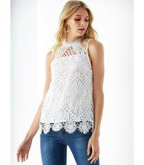 yoins top sin mangas de encaje de crochet blanco adornado con forro