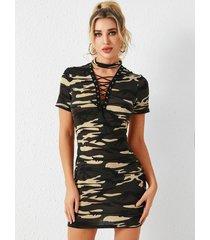yoins army green camo con cordones diseño gargantilla con cuello en v profundo mangas cortas vestido