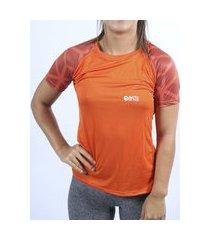 camiseta dry fit crepe laranja sublimada feminina