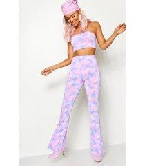 tie dye bandeau en broek met wijde pijpen festival outfit, lila