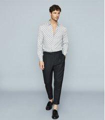 reiss malone - chain print shirt in white, mens, size xxl