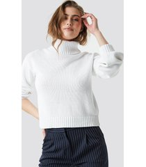 na-kd balloon sleeve high neck knitted sweater - white