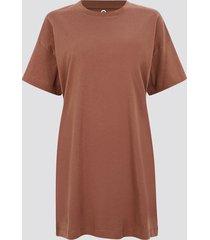 oversized t-shirt i ekologisk bomull - mörkbrun