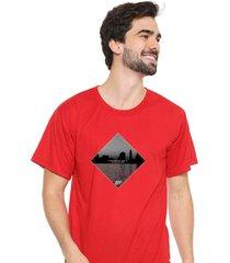 camiseta sandro clothing dream vermelho - vermelho - masculino - dafiti
