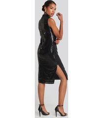 na-kd party high neck side slit sequins dress - black